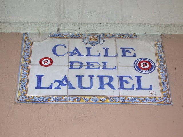 Cartel de la calle Laurel