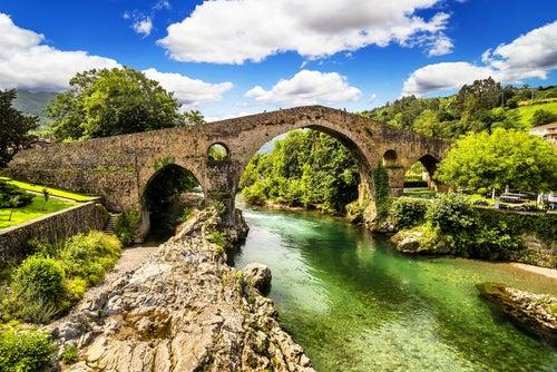 Cangas deOnís en Picos de Europa Asturias