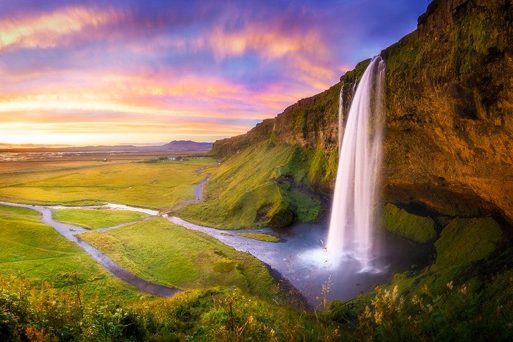 Cascada Seljalandfoss en Islandia