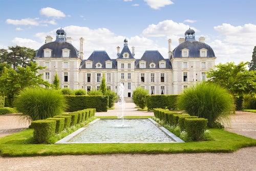 Castillo Cheverny en el valle del río Loira