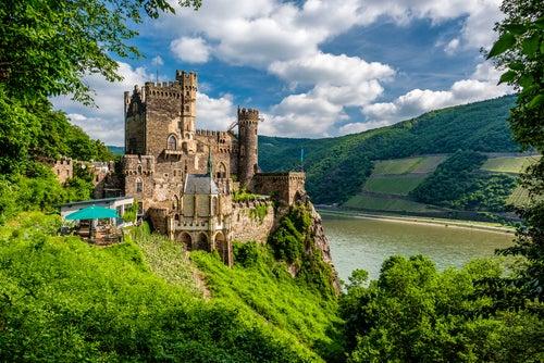 Castillos del Rhin, Rheinstein