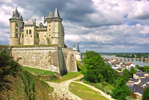 Castillo de Saumur en el río Loira