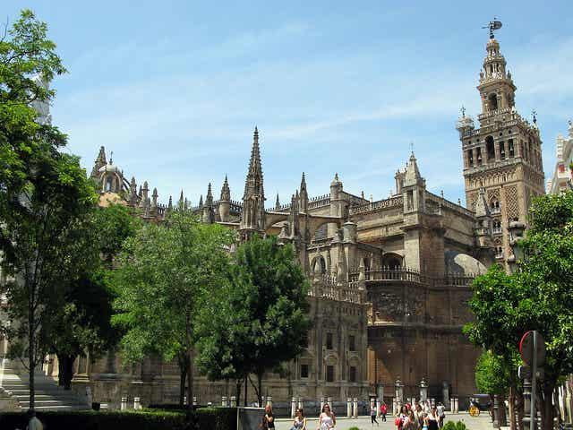 Visitamos las iglesias de Sevilla más bonitas