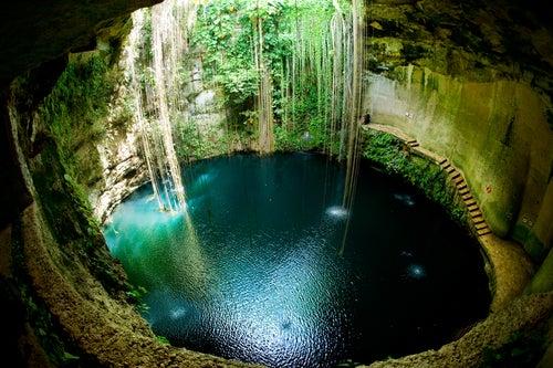 Cenote Ik-kil en México