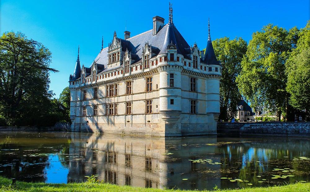 Château Azay-le-Rideau en una ruta por los castillos del Loira