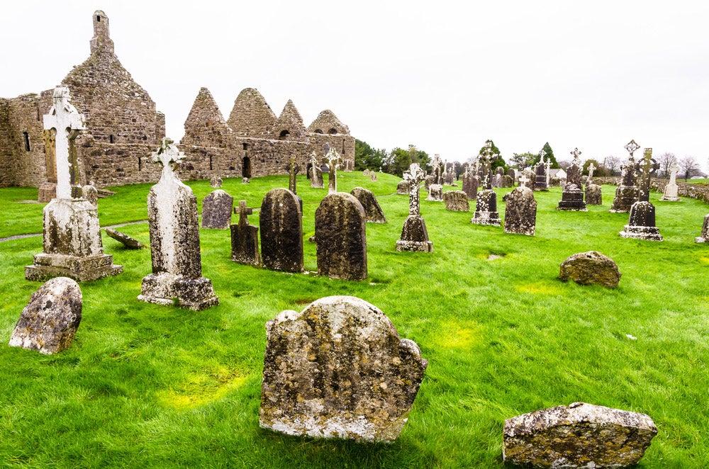 Clonmacnoise en Irlanda