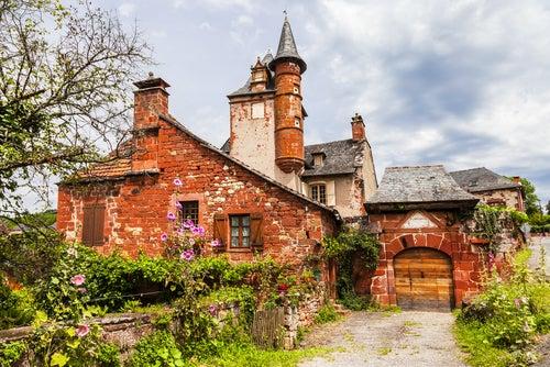 Collonges-la-Rouge uno de los pueblos medievales franceses