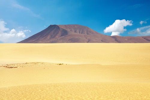 Dunas de Corrlejo, uno de los rincones de las islas Canarias