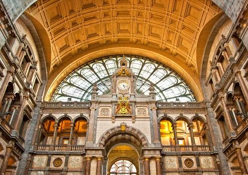 Estación Central, uno de los lugares que ver en Amberes
