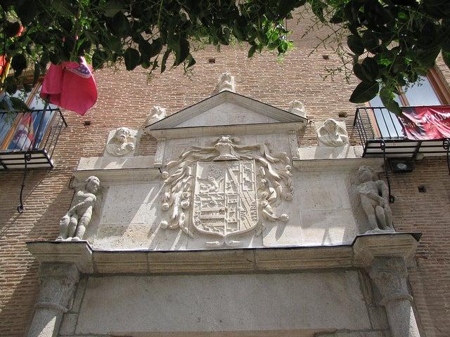 Fachada del Palacio de los Dueñas