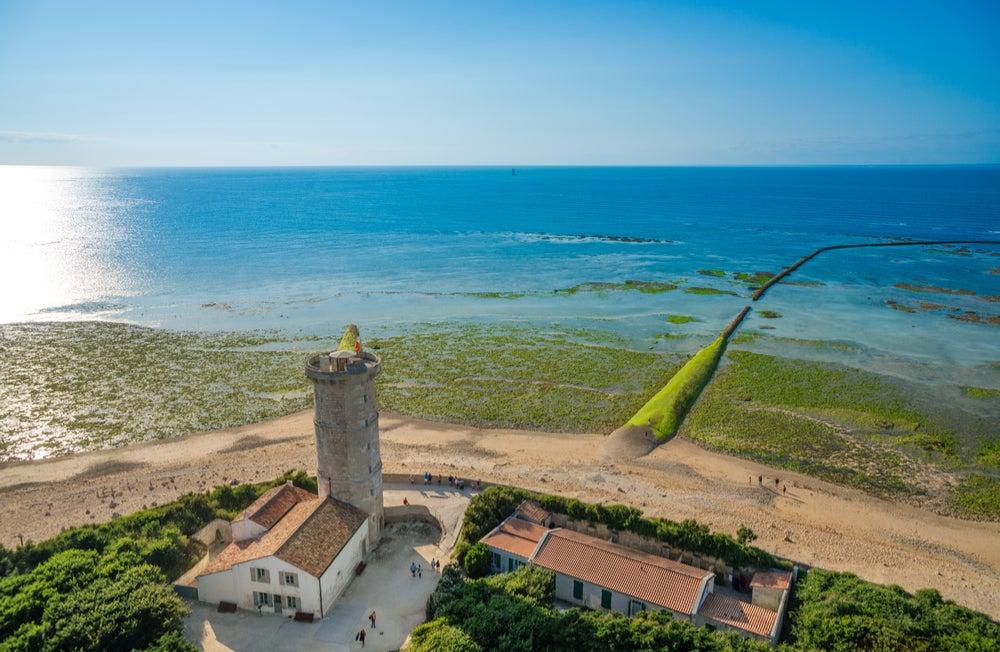 Faro de las Ballenas en la isla de Ré