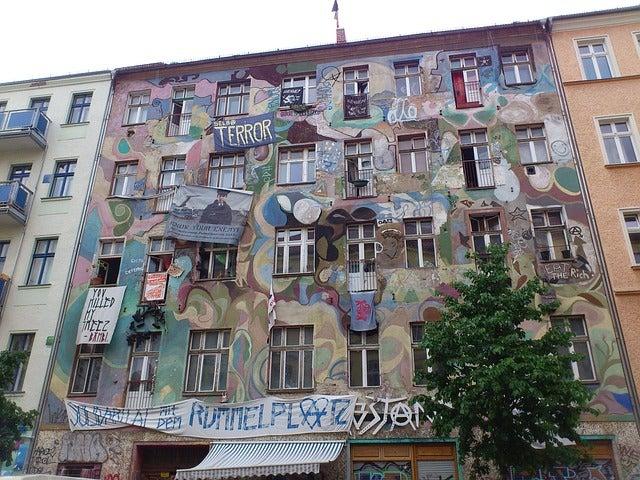 Difruta deBerlín alternativo: grafiti en Friedricshain