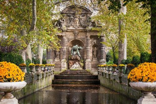 Fuente Medici, una de las fuentes más bonitas de París