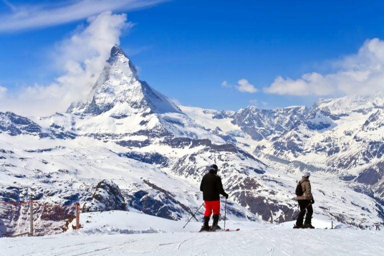 Estaciones de esquí en Suiza para los amantes de este deporte