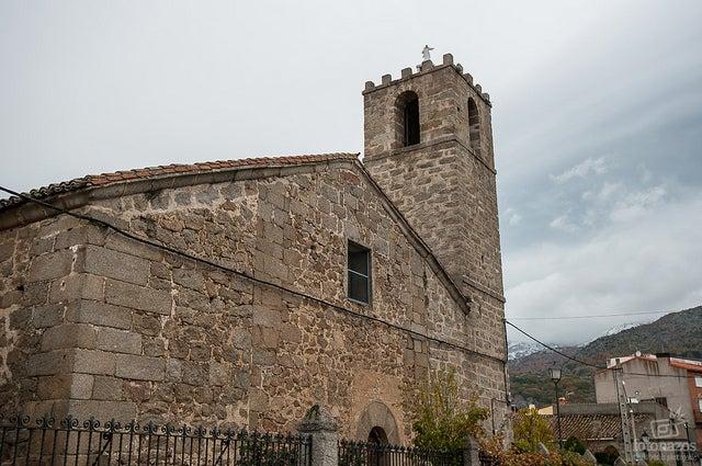 Iglesia de Navaluenga