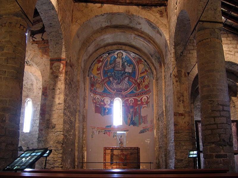 Interior de Sant Climent deTaüll