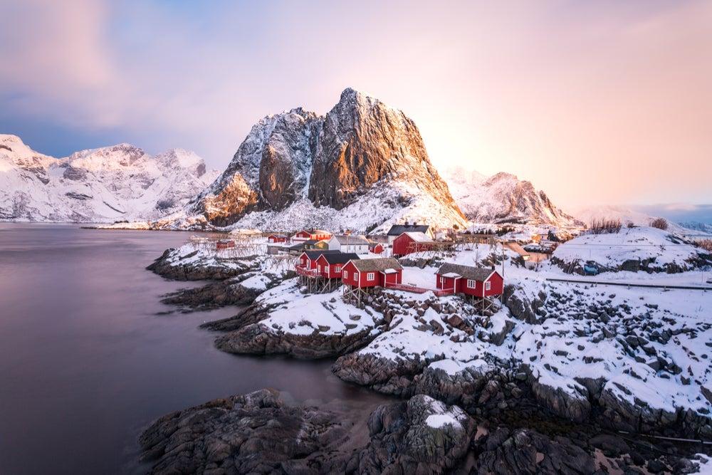 Paisaje invernal en las Islas Lofoten