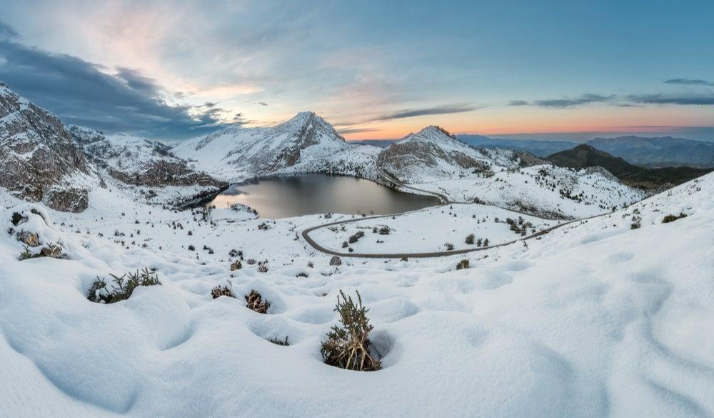 Lagos de Covadonga en invierno