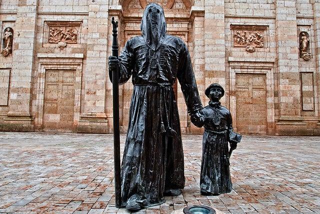 Monumento a la Semana Santa en Medina de Rioseco en Valladolid
