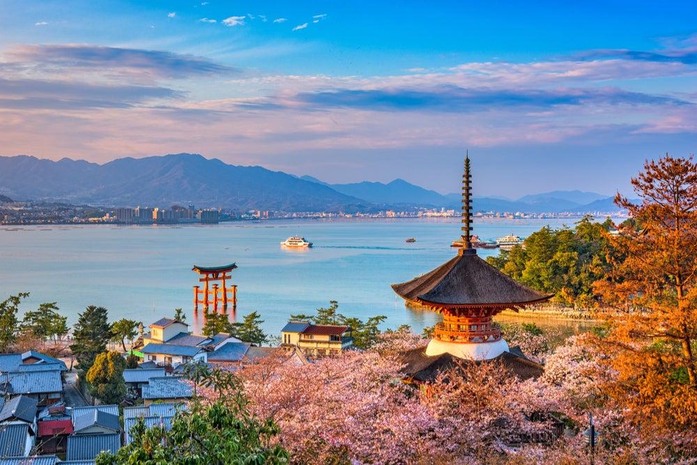 4 islas japonesas con mucho encanto que no sabías que existían