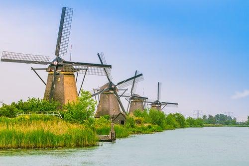 Molinos de Kinderdijt en Países Bajos