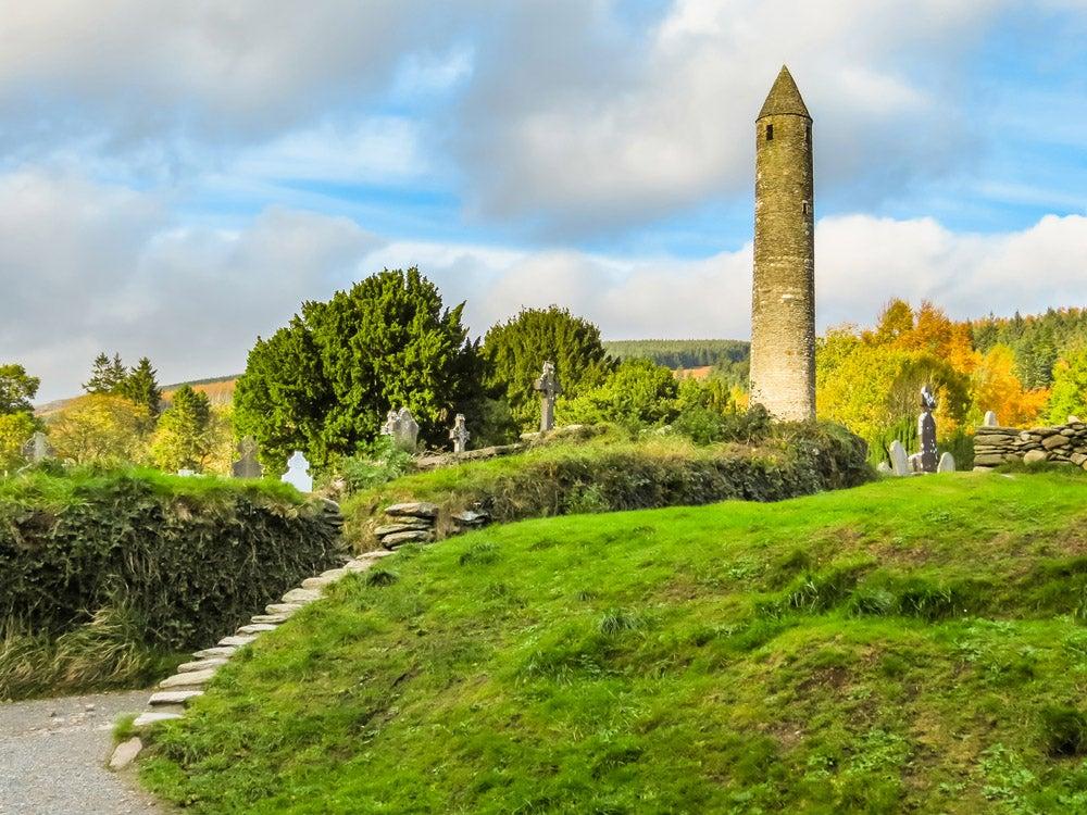 Monasterio de Glendalough una de las cosas que ver en Irlanda