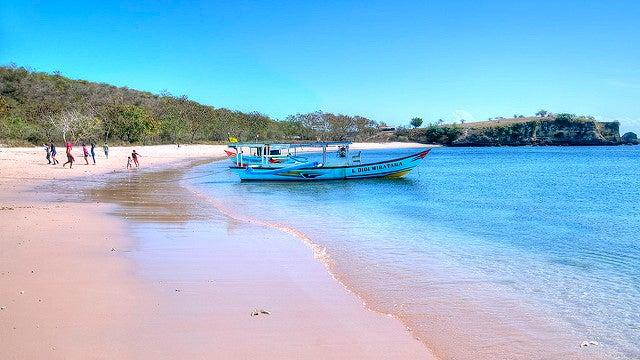 Playas de Lombok, Tangsy