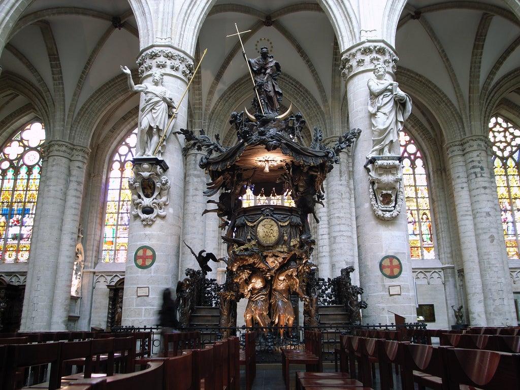 Púlpito de la catedral de Bruselas