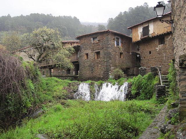 Un paseo por Robledillo de Gata, un precioso pueblo de Cáceres