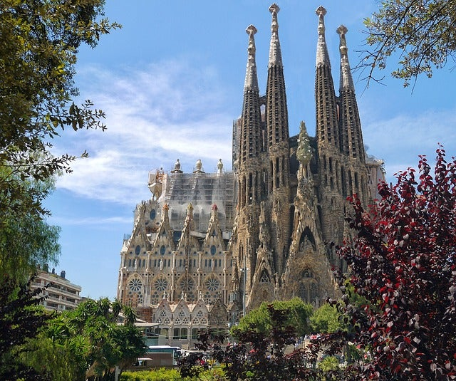 Ciudades con encanto en España: Sagrada Familia en Barcelona