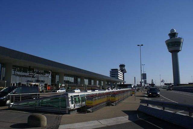 Terminal de salidas del aeropuerto de Ámsterdam