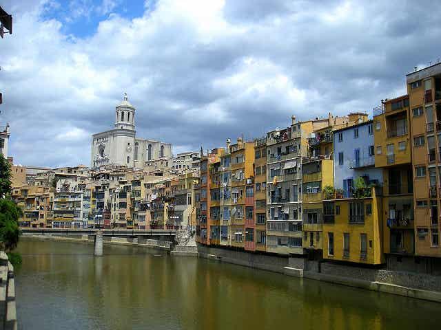 Recorremos el precioso casco antiguo de Girona