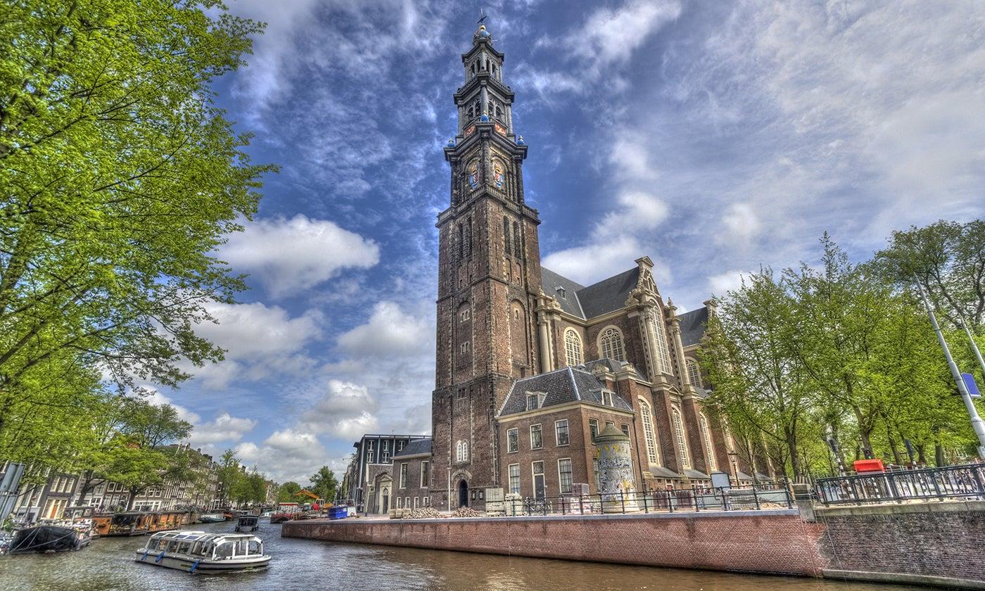 Westerkerk en los canales de Ámsterdam