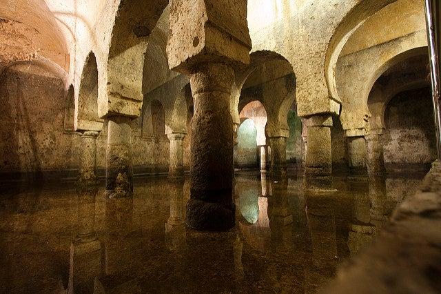 Aljibe del Palacio de los Veletas en Cáceres