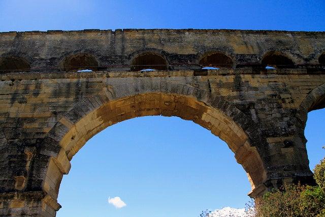 Arcos del puente de Gard