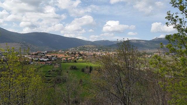 Cercedilla un pueblo histórico y natural en Madrid