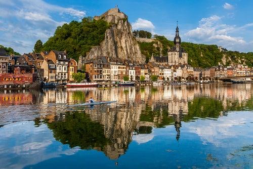 Dinant, uno de los lugares que ver en Bélgica