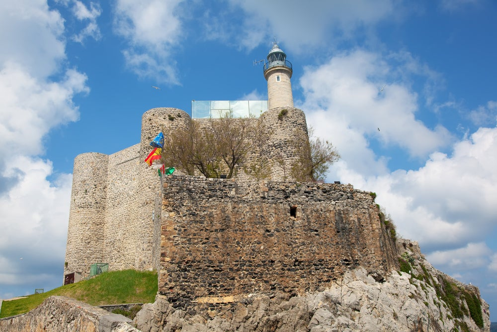 Faro de Castro Urdiales