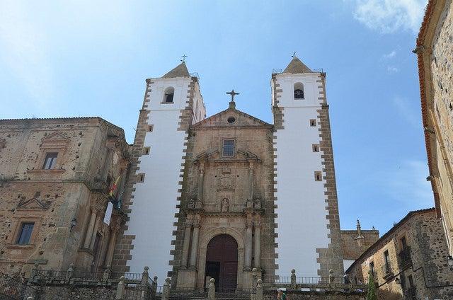 Iglesia de SanFrancisco Javier, uno de los sitios que ver en Cáceres