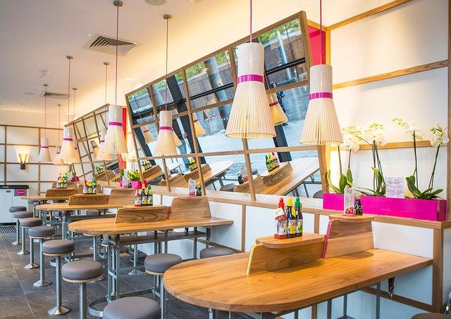 Resturante Itsu, uno de los lugares para comer sushi en Londres