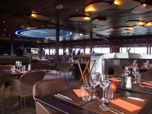Le 58 Tour Eiffel Restaurant