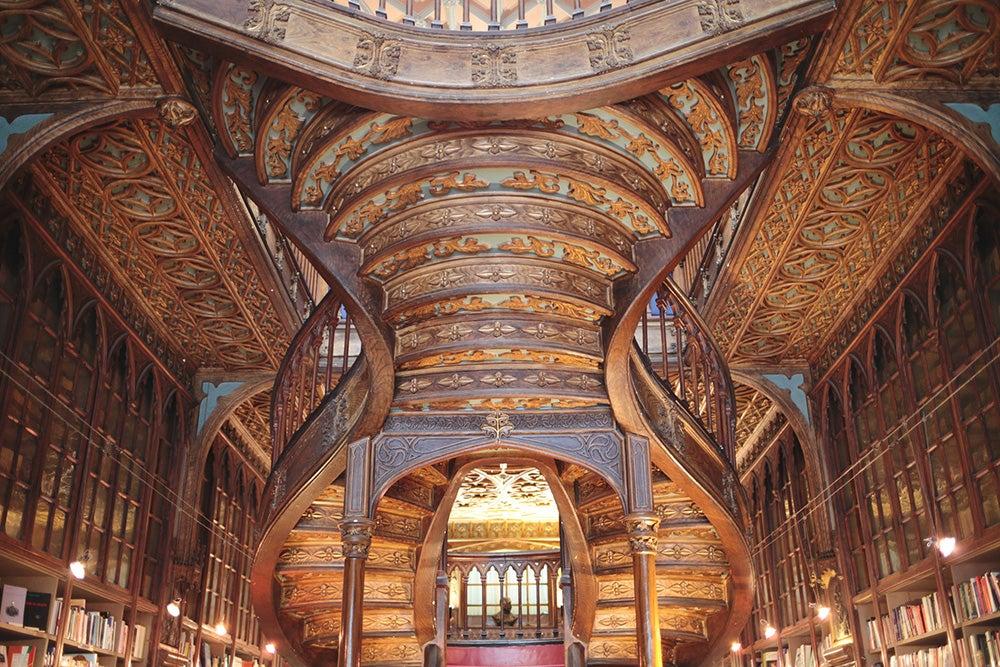 Escaleras de la librería Lello e Irmao