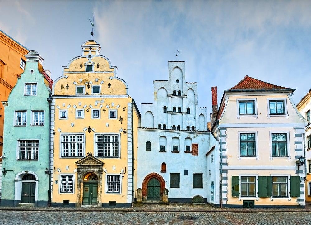 Los tres hermanos en Riga
