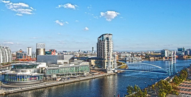 Manchester en Gran Bretaña, ciudad de fiesta en Europa