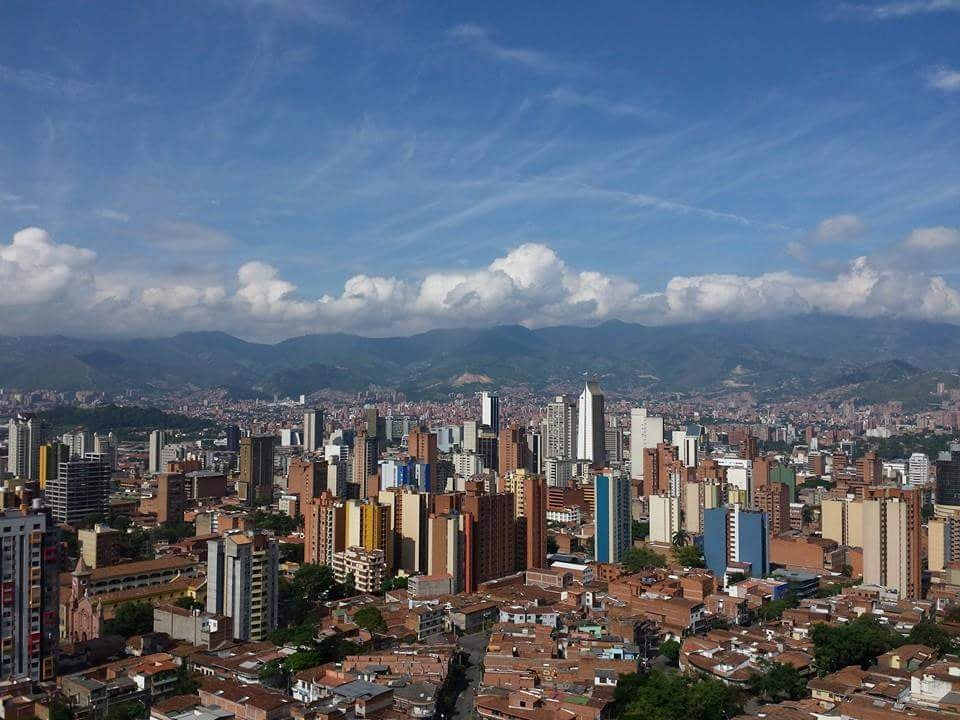 Medellín, una ciudad 'europea' en un valle