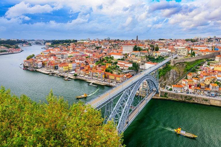Muévete por la ciudad de Oporto, un abanico de oportunidades