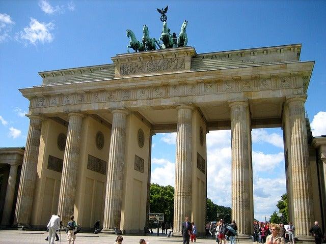 Puerta de Brandenburgo, curiosidades del símbolo de Berlín