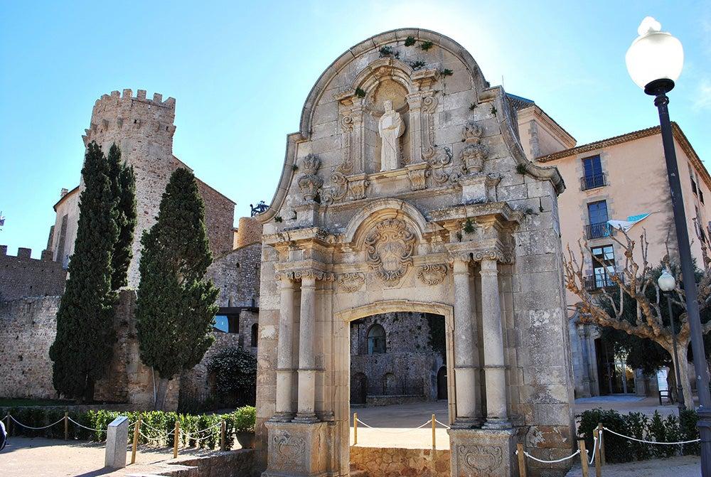 Sant Feliu de Guíxols, un pueblo en la Costa Brava