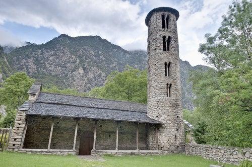 Iglesias románicas de Andorra, Santa Coloma