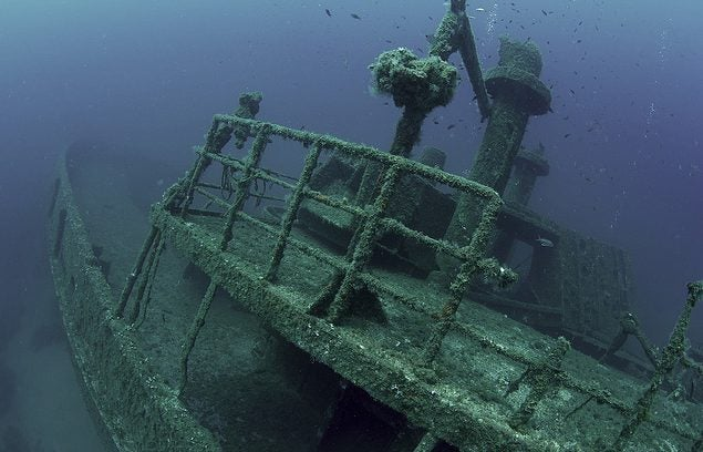 Barco hundido en Palamós